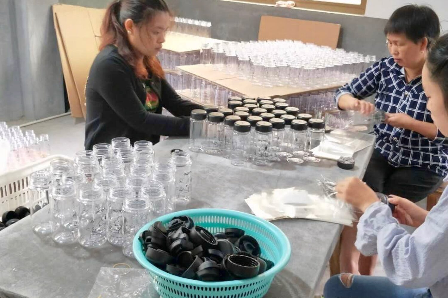 Plastic bottle factory ecological and sustainable branded water bottle