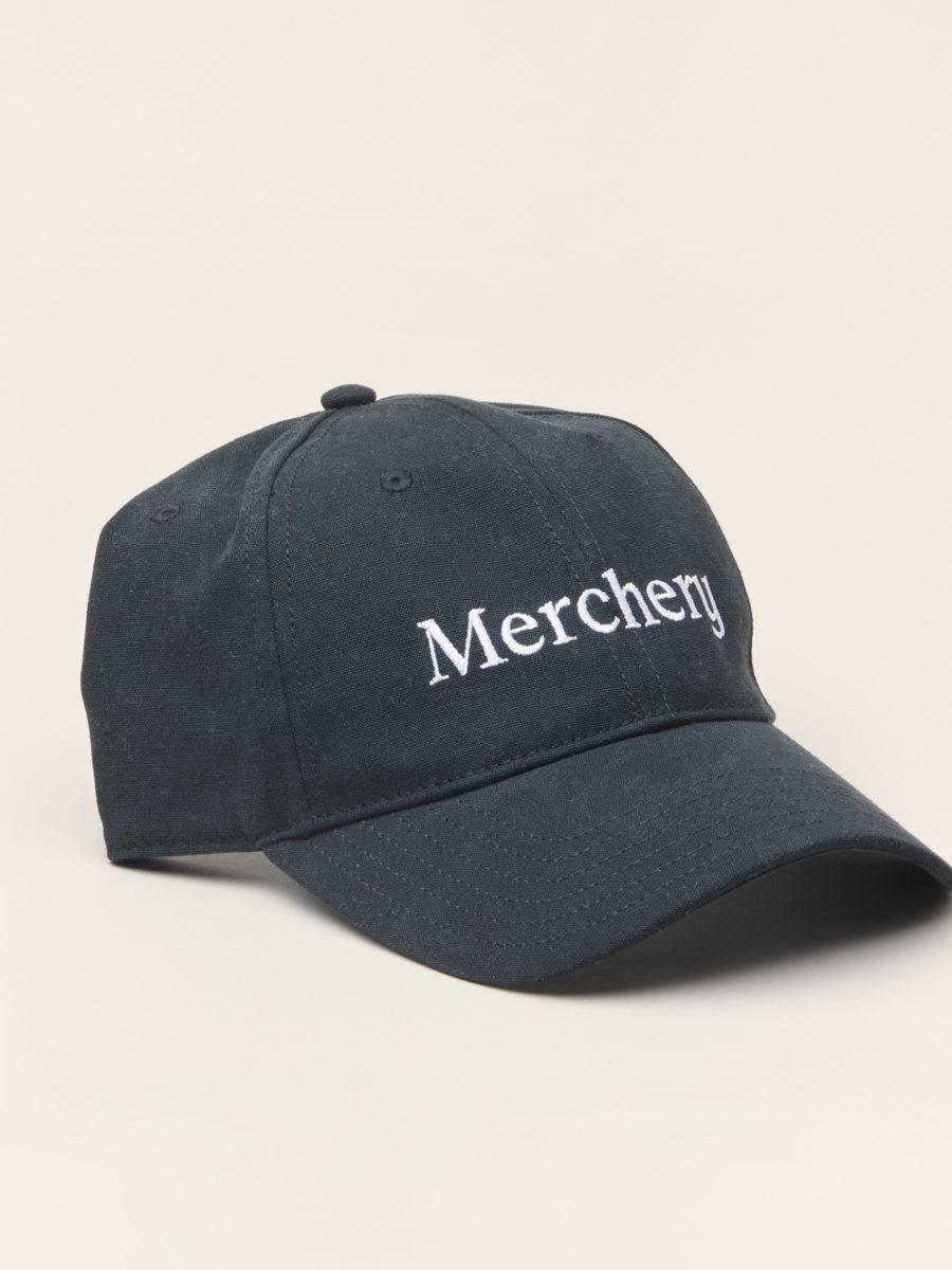 Customised sustainable corporate caps - Merchery